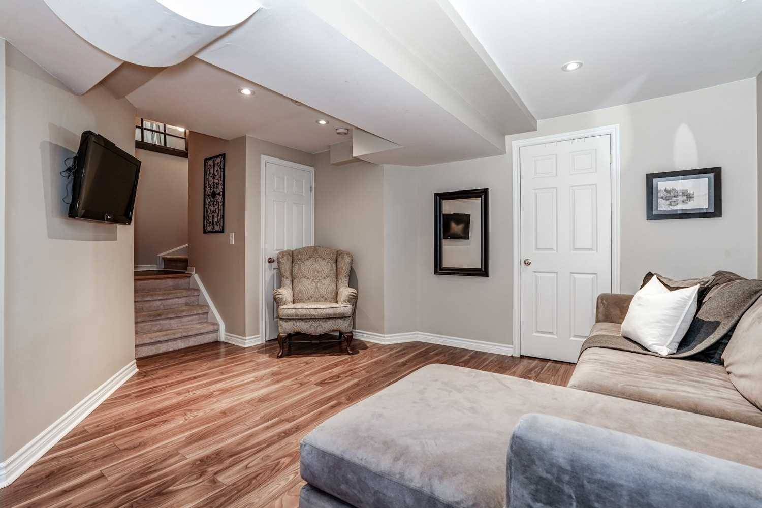14 Honeyman Drive Clarington For Sale 519 900 Zolo Ca