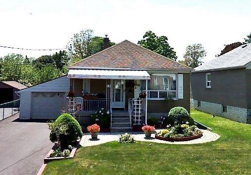 Sold: 14 Huntsmoor Road, Toronto, ON