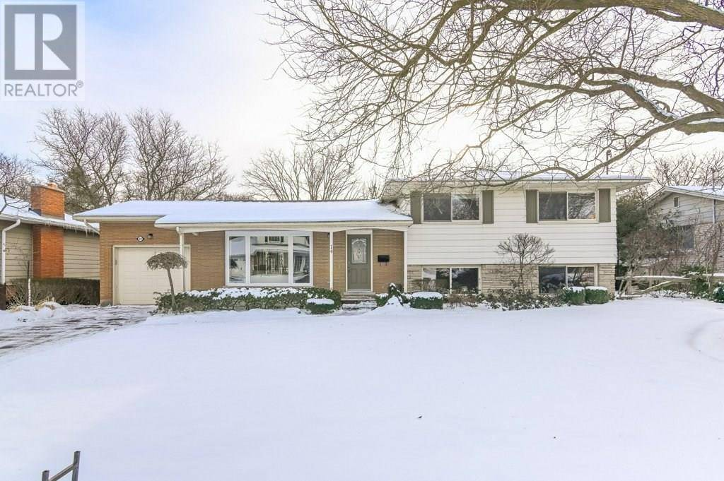 House for sale at 14 Maplewood Dr Guelph Ontario - MLS: 30782985