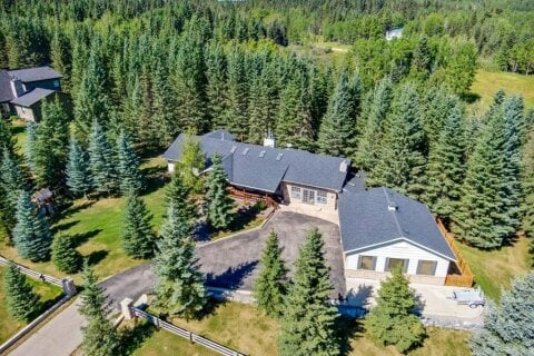 House for sale at 14 Mountain Lion Dr Bragg Creek Alberta - MLS: A1026882
