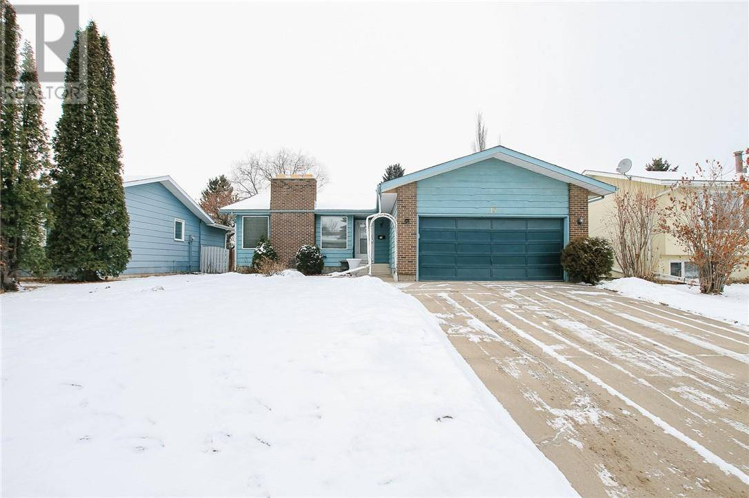 House for sale at 14 Nance Ave Red Deer Alberta - MLS: ca0189538