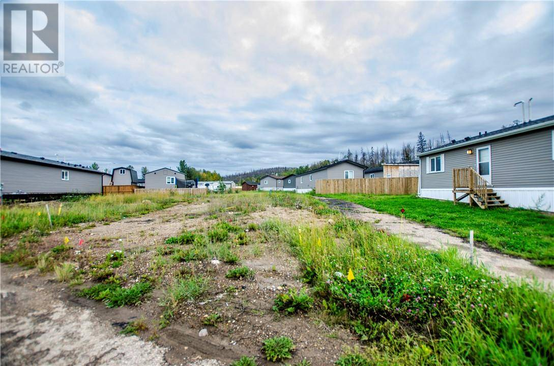 Residential property for sale at 14 Parkview Dr Fort Mcmurray Alberta - MLS: fm0177957