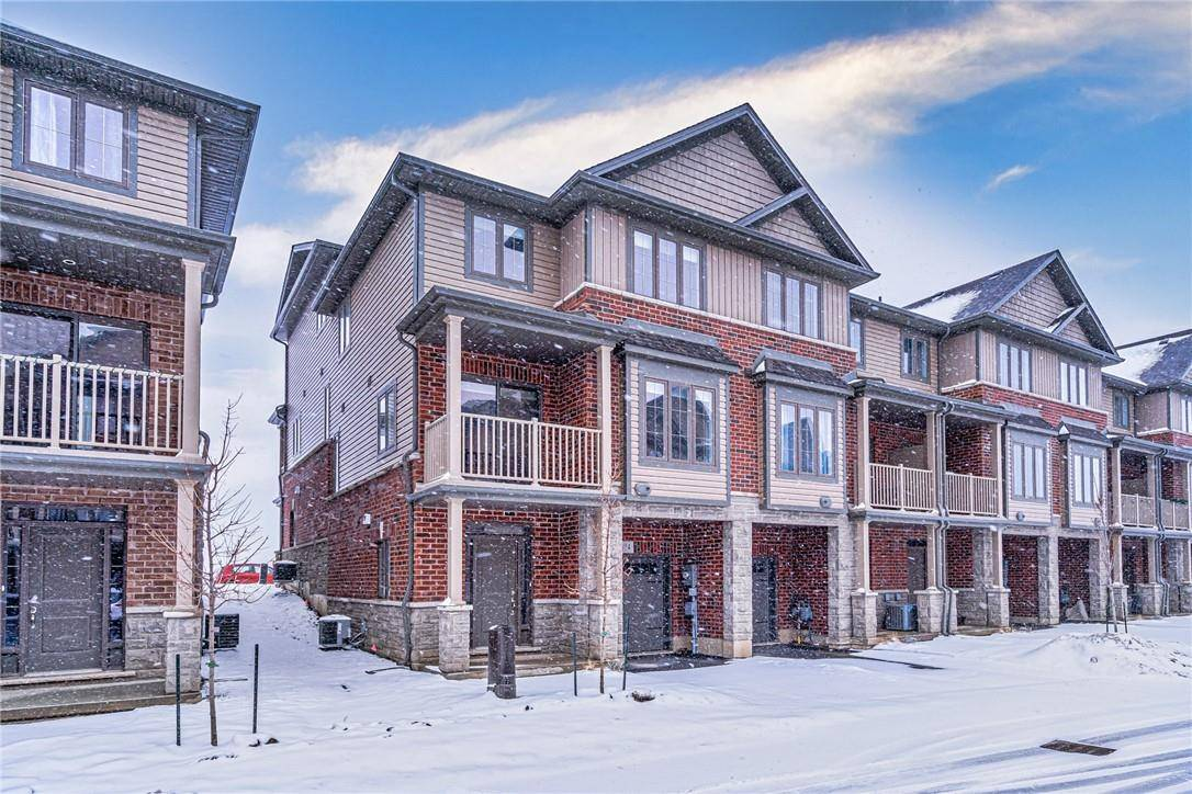 Townhouse for rent at 14 Ridgeside Ln Waterdown Ontario - MLS: H4074349