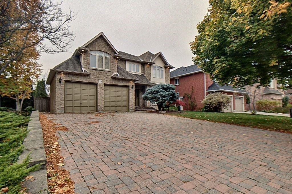 House for sale at 14 Robindale Ct Stoney Creek Ontario - MLS: H4091860
