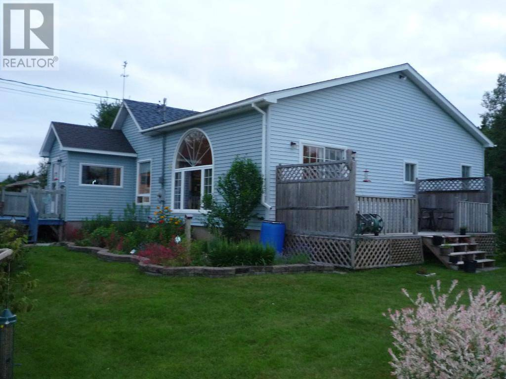House for sale at 14 Stanley Dr Sackville New Brunswick - MLS: M128148