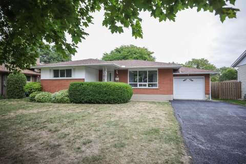 House for sale at 14 St.lawrence Dr St. Catharines Ontario - MLS: X4911153