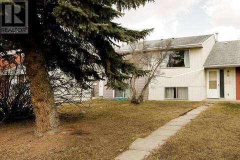 Townhouse for sale at 14 Watson St Red Deer Alberta - MLS: ca0161717