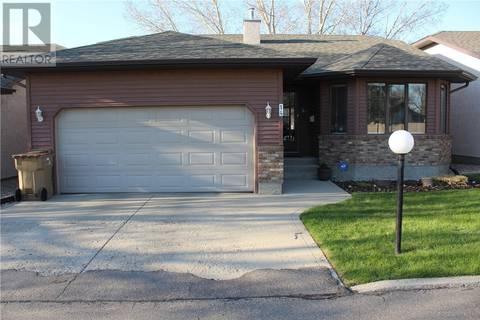 House for sale at 14 Westbrook Ct Regina Saskatchewan - MLS: SK807978