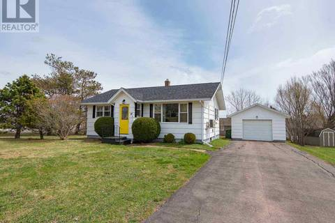 House for sale at 14 Yorkshire Dr Charlottetown Prince Edward Island - MLS: 201906340