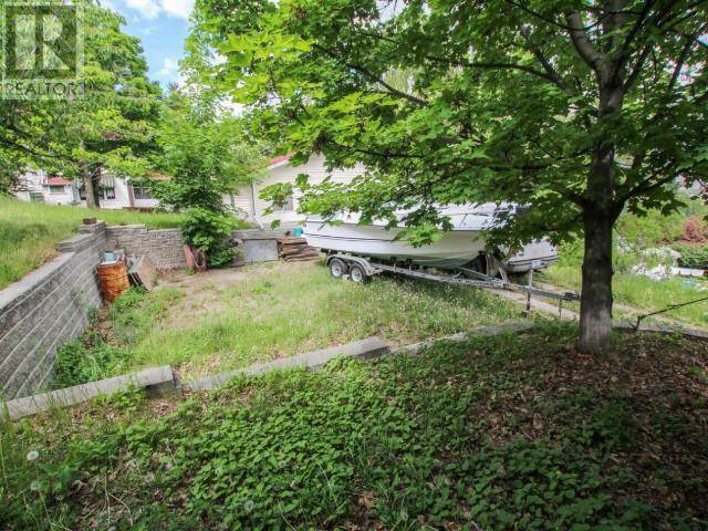 Home for sale at 140 Clarke Street St Kamloops British Columbia - MLS: 155615