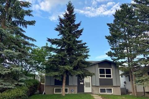 House for sale at 140 Falchurch Rd Northeast Calgary Alberta - MLS: C4248841