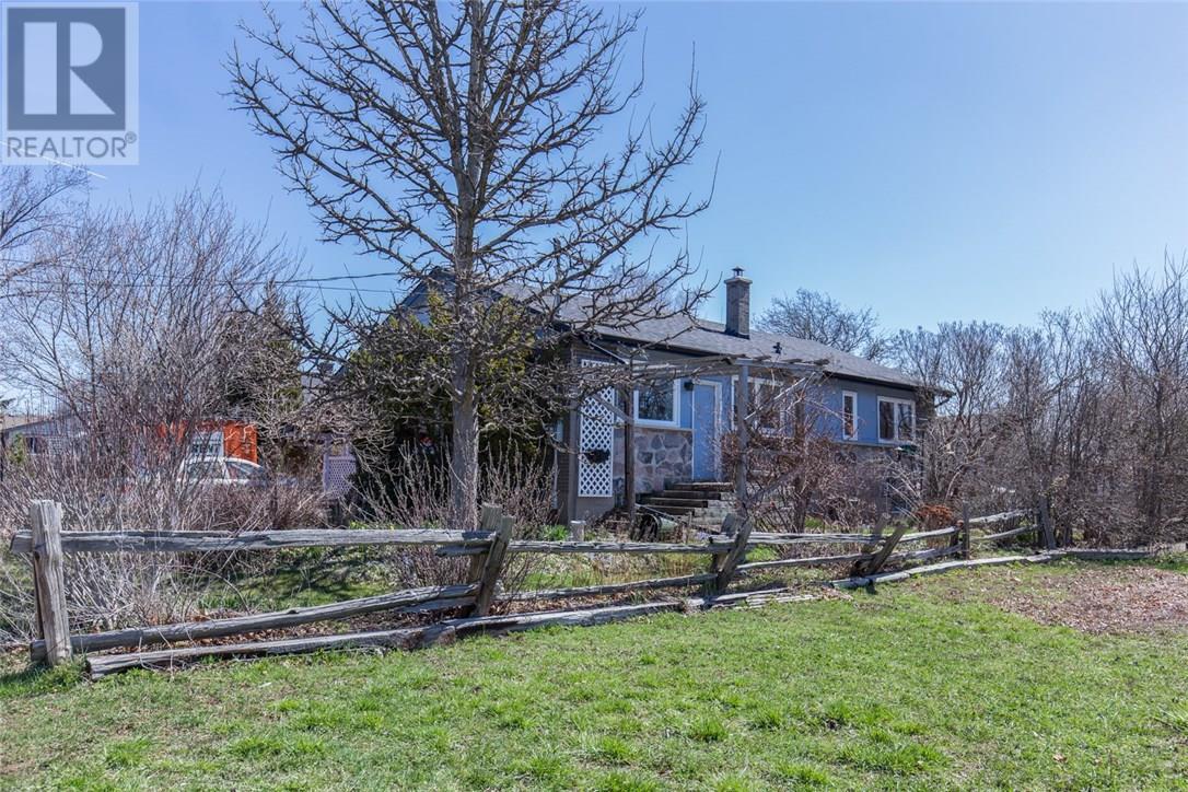 Sold: 140 Miller Road, Oakville, ON