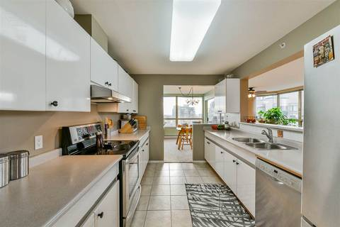 Condo for sale at 328 Clarkson St Unit 1400 New Westminster British Columbia - MLS: R2436825