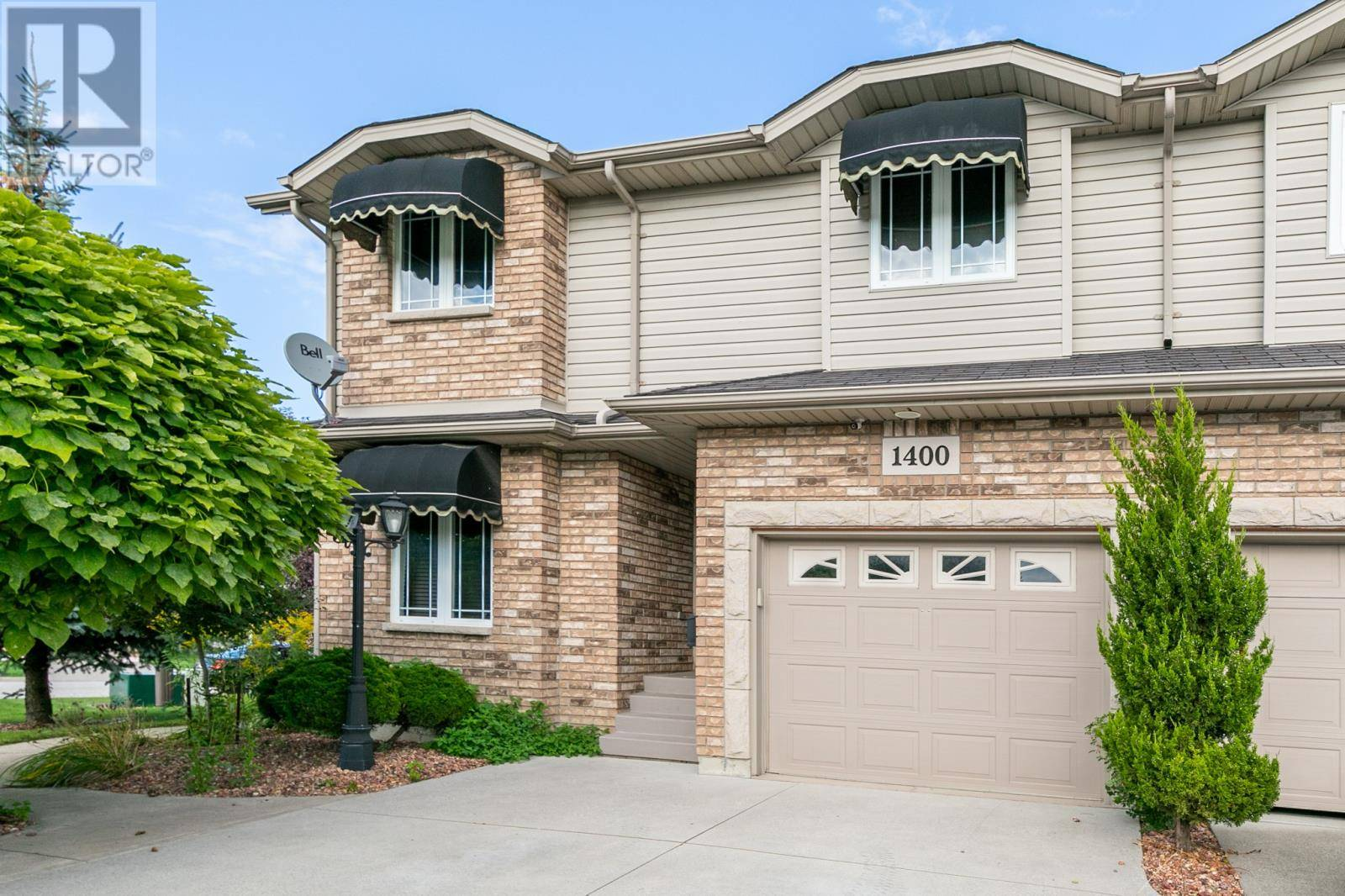 House for sale at 1400 Southfield  Tecumseh Ontario - MLS: 19025451