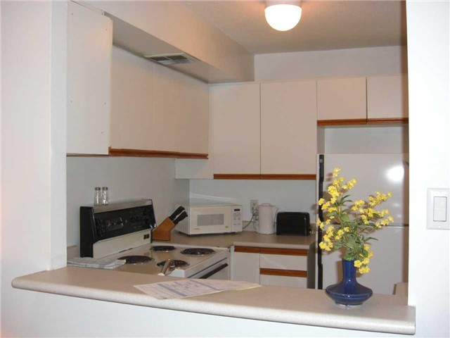 For Rent: 1401 - 92 King Street, Toronto, ON | 1 Bed, 1 Bath Condo for $2,300. See 9 photos!
