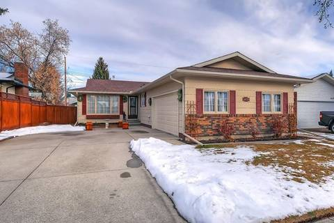 House for sale at 14028 Parkland Blvd Blvd Southeast Calgary Alberta - MLS: C4216399