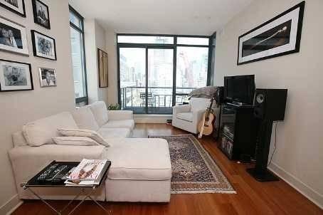 Apartment for rent at 438 King St Unit 1404 Toronto Ontario - MLS: C4482161