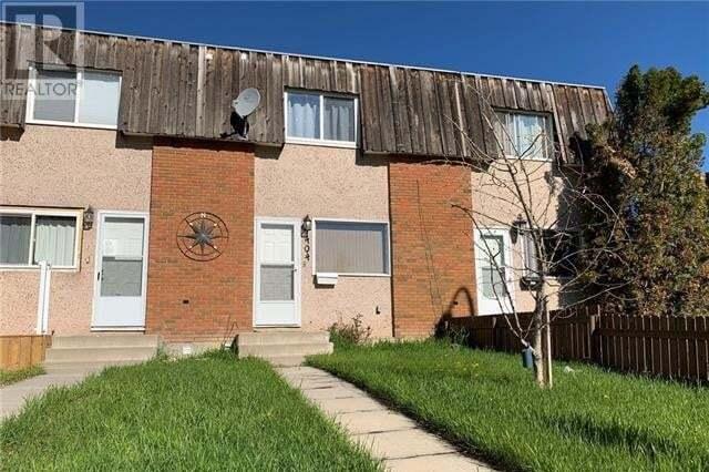 Townhouse for sale at 1404 Ashgrove Rte Lethbridge Alberta - MLS: LD0193402