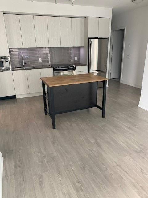 Apartment for rent at 110 Marine Parade Dr Unit 1405 Toronto Ontario - MLS: W4602539