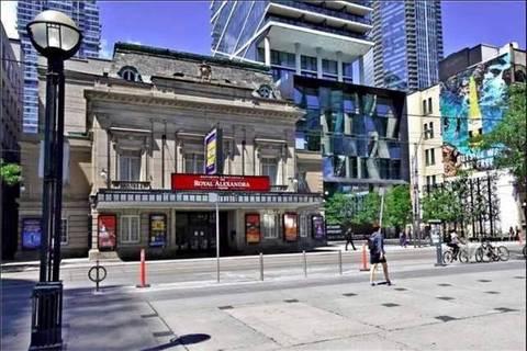 Apartment for rent at 224 King St Unit 1405 Toronto Ontario - MLS: C4628972