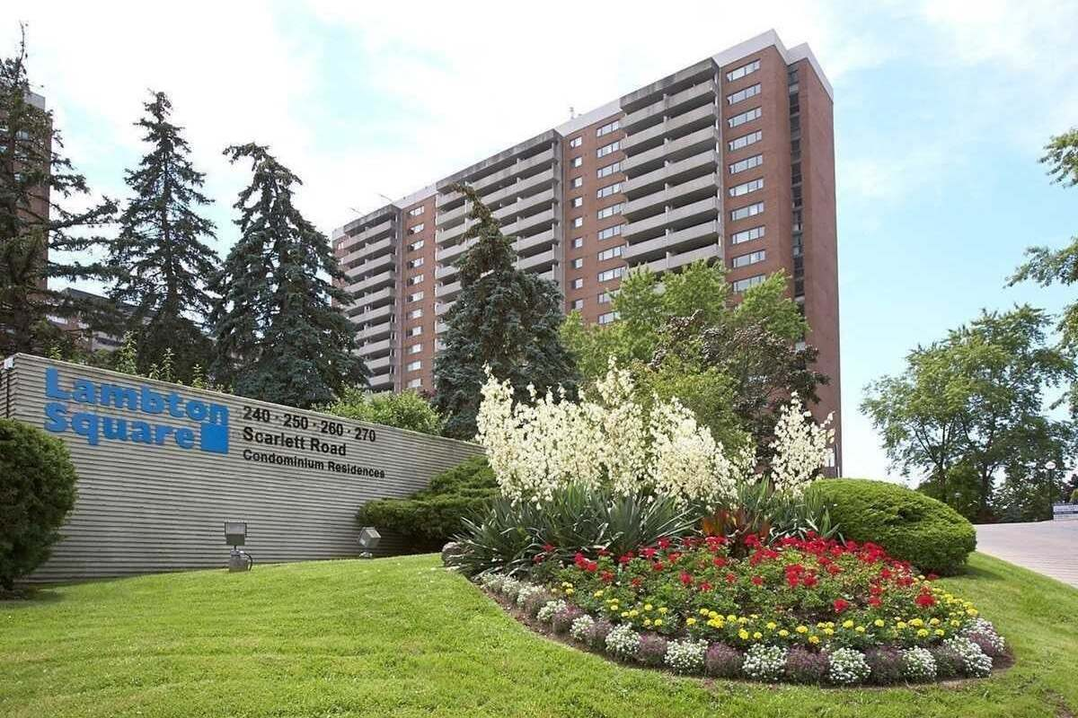 1405 - 260 Scarlett Road, Toronto | Image 1