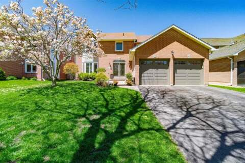 House for sale at 1405 Helen Ct Oakville Ontario - MLS: W4779949