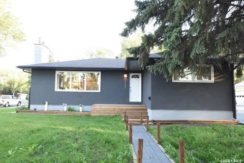 House for sale at 1405 Macpherson Ave Regina Saskatchewan - MLS: SK779334
