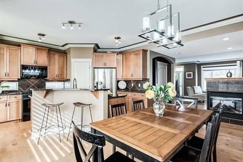Townhouse for sale at 1405 Renfrew Dr Northeast Calgary Alberta - MLS: C4279513