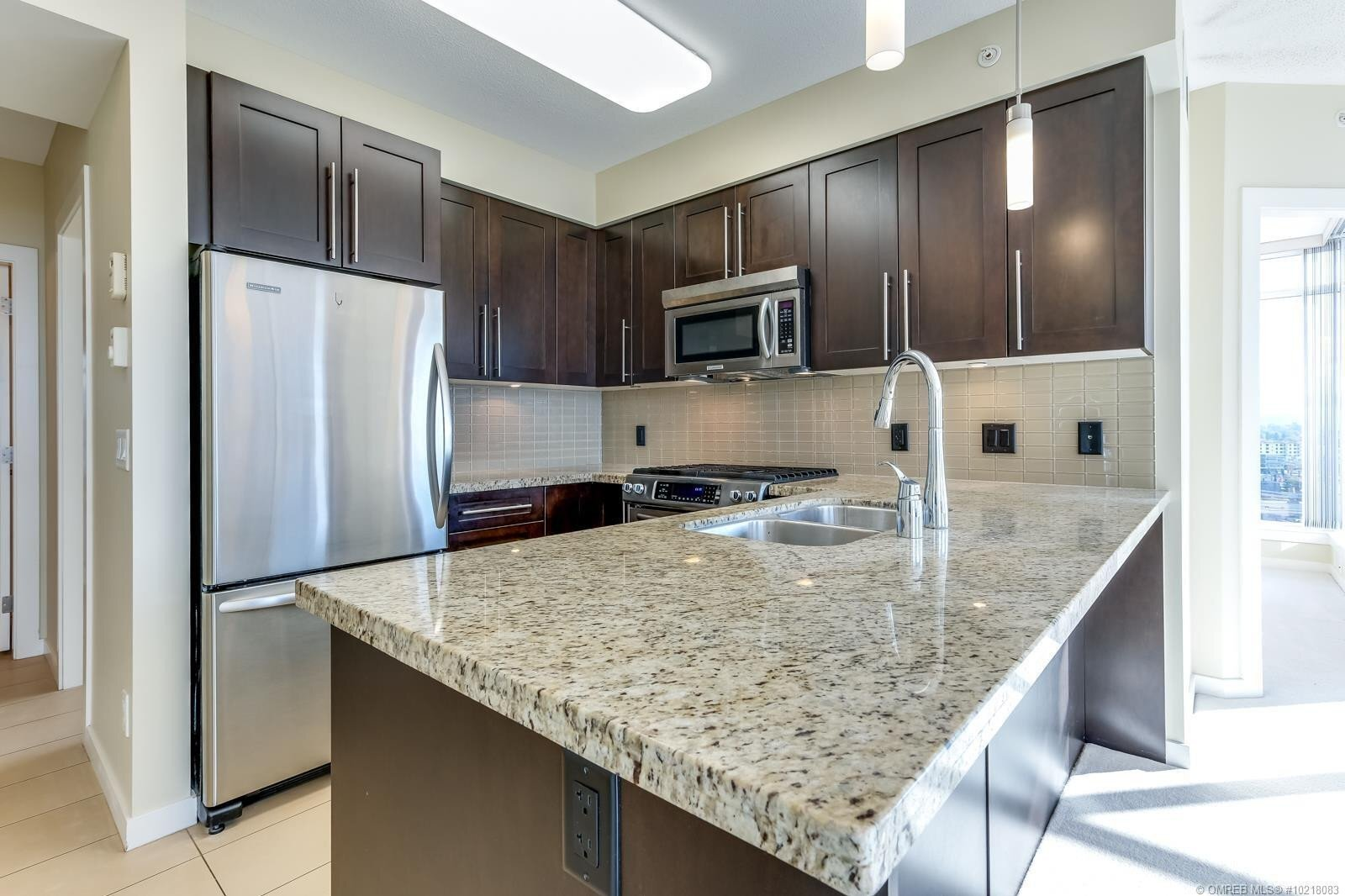 Condo for sale at 1075 Sunset Dr Unit 1406 Kelowna British Columbia - MLS: 10218083