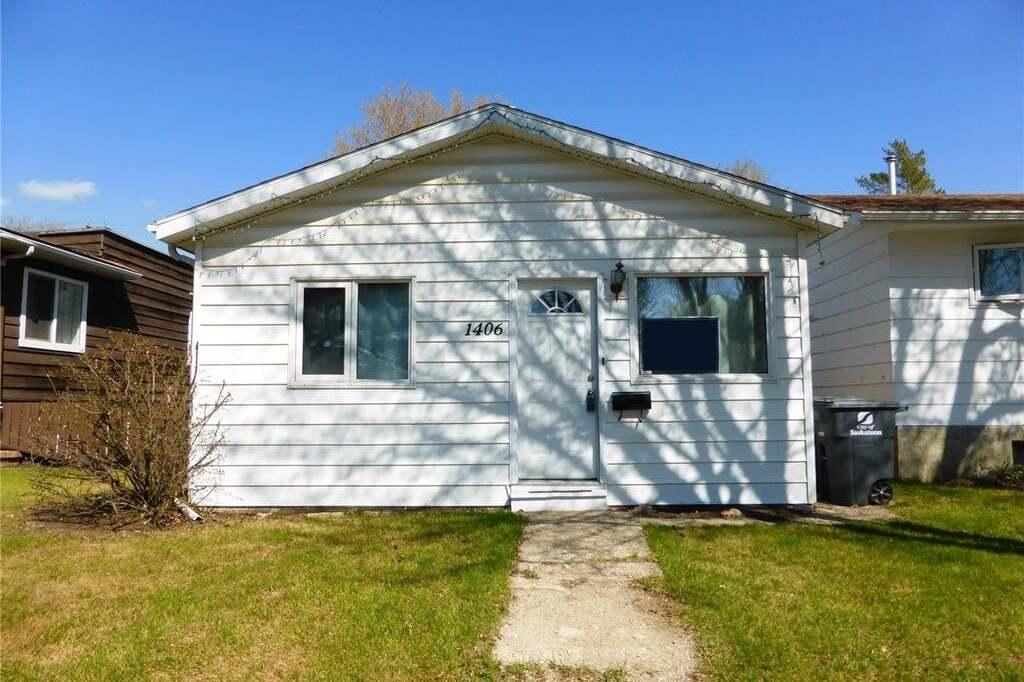 House for sale at 1406 I Ave N Saskatoon Saskatchewan - MLS: SK808883