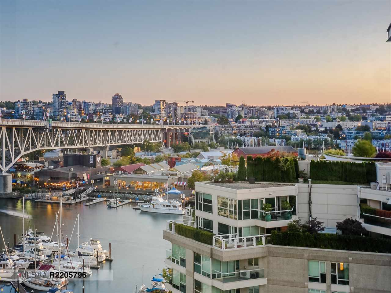 Sold: 1407 - 1500 Hornby Street, Vancouver, BC