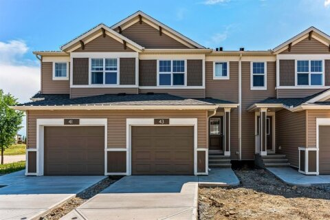 Townhouse for sale at 1407 3 St SE High River Alberta - MLS: A1038132
