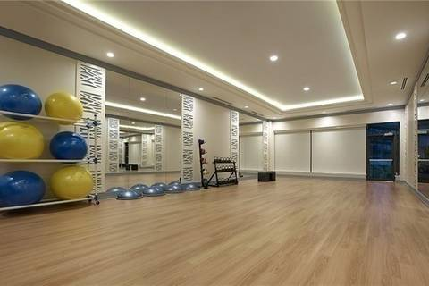 Apartment for rent at 305 Roehampton Ave Unit 1407 Toronto Ontario - MLS: C4412534