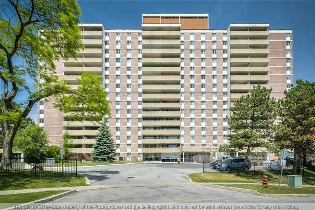 For Sale: 1409 - 120 Dundalk Drive, Toronto, ON | 3 Bed, 2 Bath Condo for $357,999. See 20 photos!