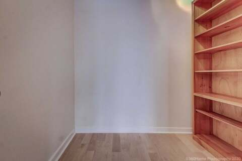 Apartment for rent at 438 Richmond St Unit 1409 Toronto Ontario - MLS: C4829918