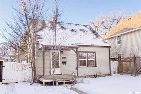 House for sale at 1409 B Ave N Saskatoon Saskatchewan - MLS: SK789707