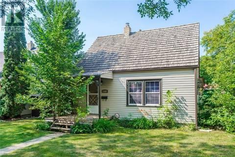 House for sale at 1409 B Ave N Saskatoon Saskatchewan - MLS: SK806728