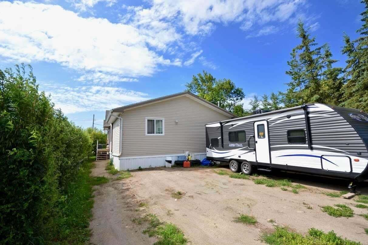 Home for sale at 141 2 St S Rural Parkland County Alberta - MLS: E4206424