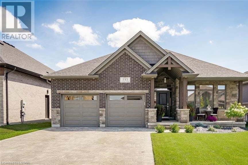 House for sale at 141 Collins Wy Strathroy Ontario - MLS: 276562