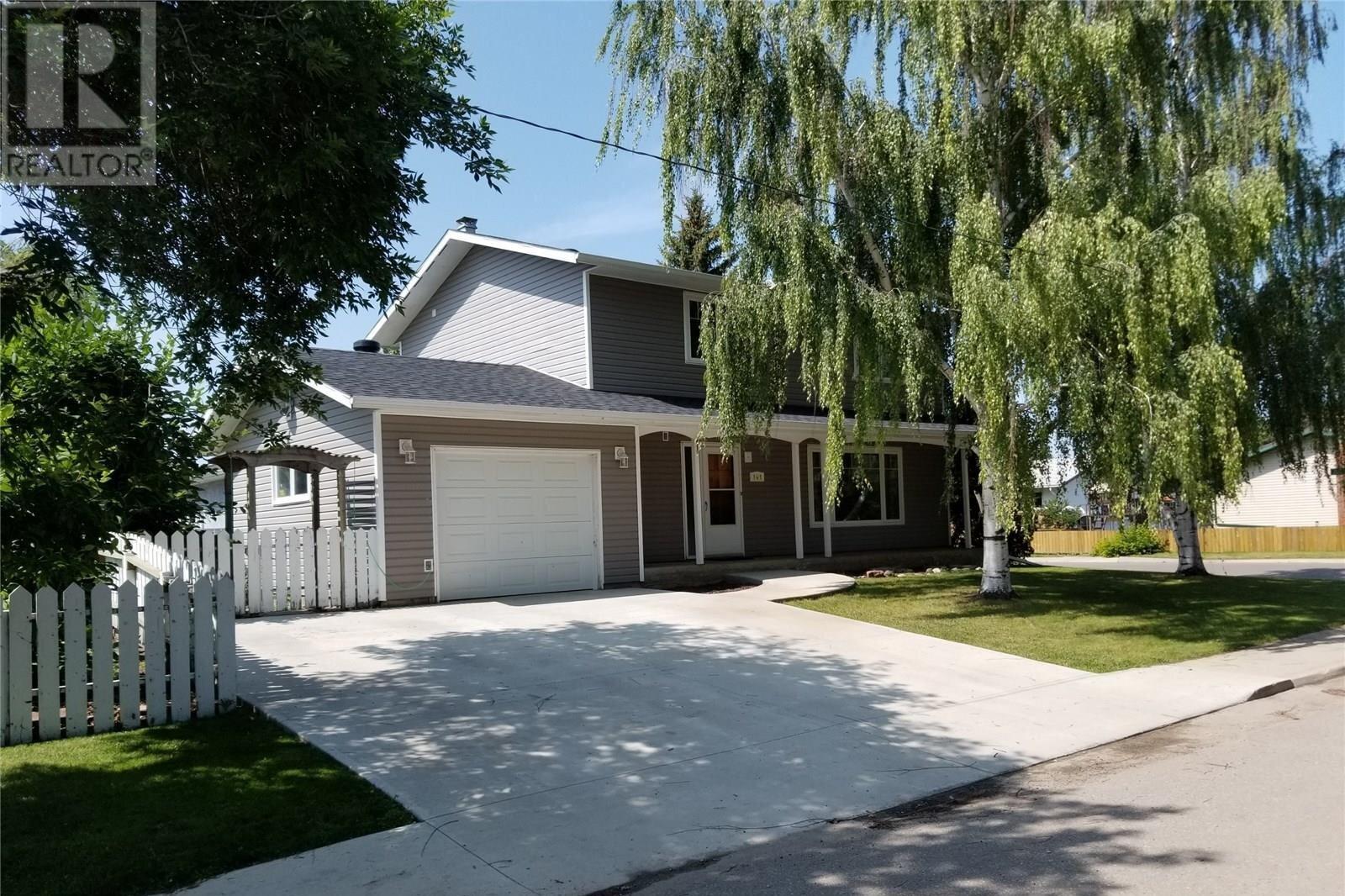 House for sale at 141 Jubilee By Unity Saskatchewan - MLS: SK817582