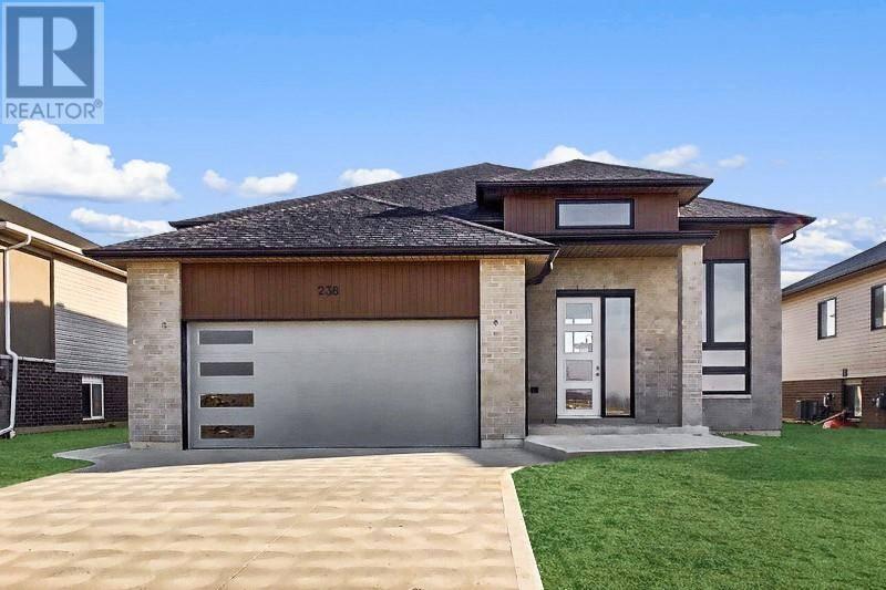House for sale at 141 Lambert  Amherstburg Ontario - MLS: 20003624