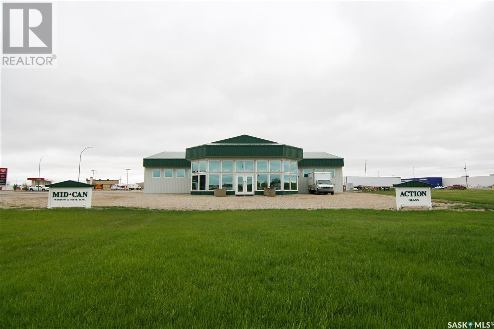 Commercial property for sale at 141 Palliser Wy Yorkton Saskatchewan - MLS: SK818857
