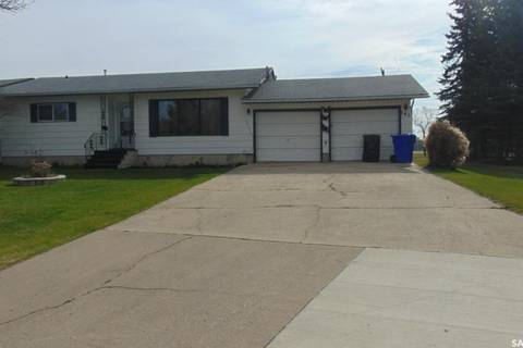 House for sale at 141 Parker Cres Canora Saskatchewan - MLS: SK806091
