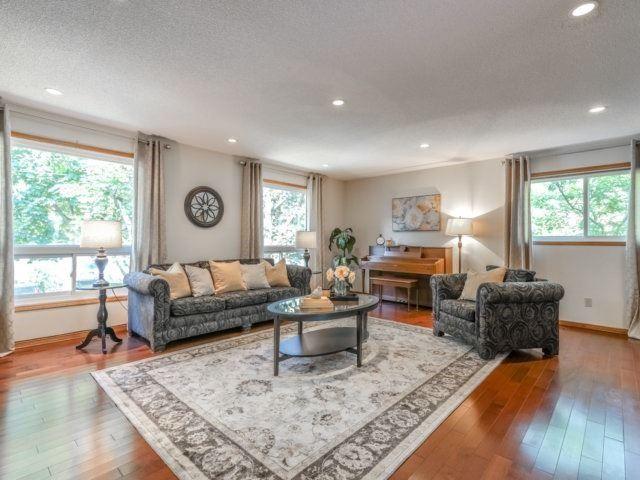 For Sale: 141 Richmond Street, Richmond Hill, ON | 3 Bed, 3 Bath House for $1,349,900. See 2 photos!