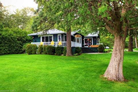 House for sale at 141 Sandy Point Rd Kawartha Lakes Ontario - MLS: X4391125