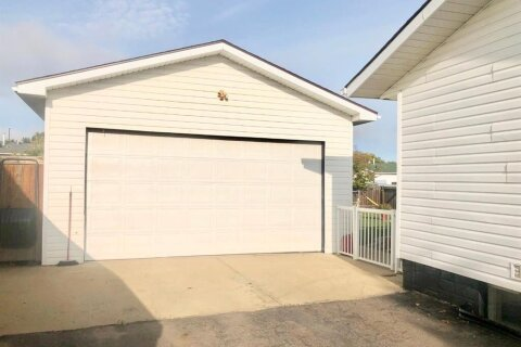 141 Silvertip Place, Fort Mcmurray | Image 2