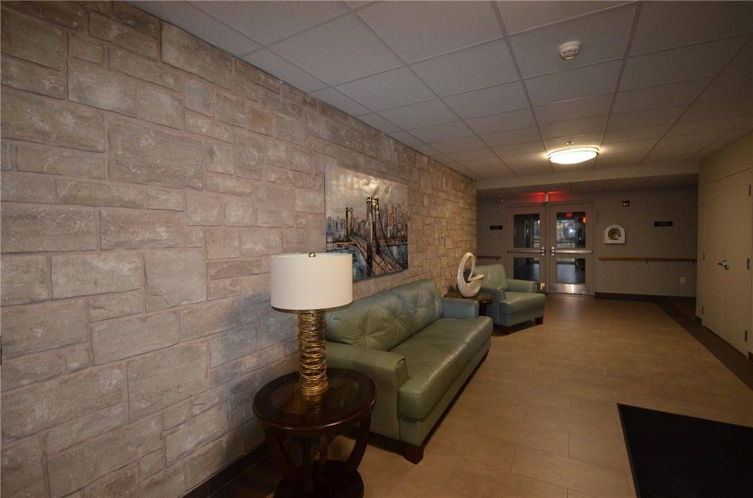 Condo for sale at 141 Vansickle Rd St. Catharines Ontario - MLS: H4072950