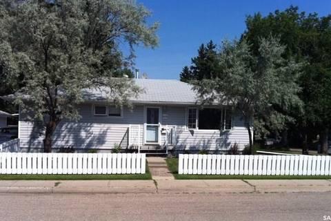 House for sale at 1410 4th Ave N Regina Saskatchewan - MLS: SK793189