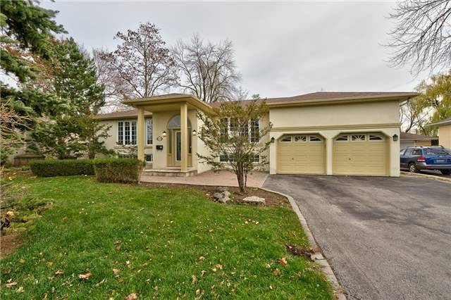 For Rent: 1410 Rebecca Street, Oakville, ON   4 Bed, 3 Bath House for $2,995. See 20 photos!