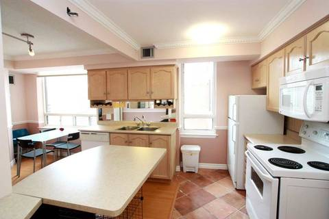 Apartment for rent at 633 Bay St Unit 1411 Toronto Ontario - MLS: C4692841